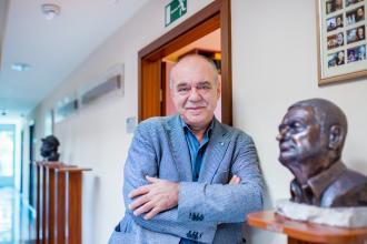 Kocsis András Sándor: Hagyjál lábnyomot a Hold porában!