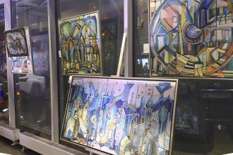 Kortárs festőművészek képei a Lexusnál