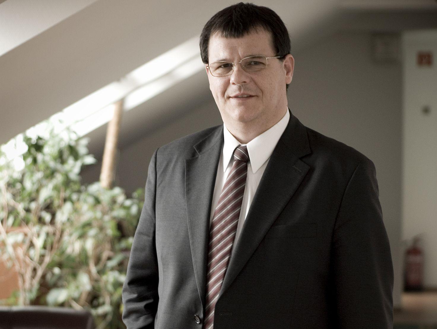 Jókai István, 365 üzleti történet