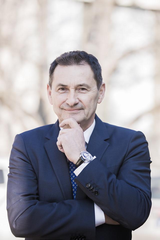 Kocsis Csaba, az Intergavel Aukciószervező Kft. tulajdonos-ügyvezetője
